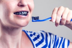 natural charcoal whitening toothpaste