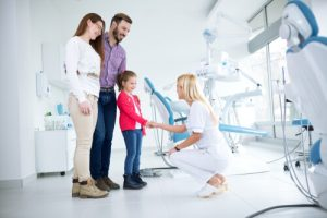Dead Tooth Extraction Family Guide For Dental Hygiene Care